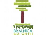 bralnica na vrtu sokolskega doma - logo